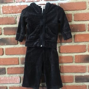 Baby Girl Black Velour Outfit sz 12 m